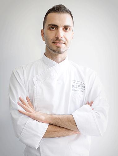 שף קונדיטור דניאל אנור - מרצה במגמת פטיסרי בבית ספר בישולים